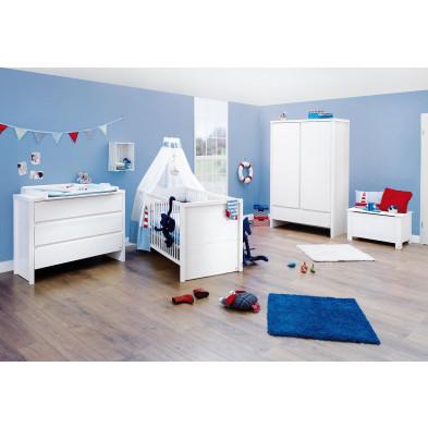 Composition chambre bébé en bois massif coloris blanc   collection
