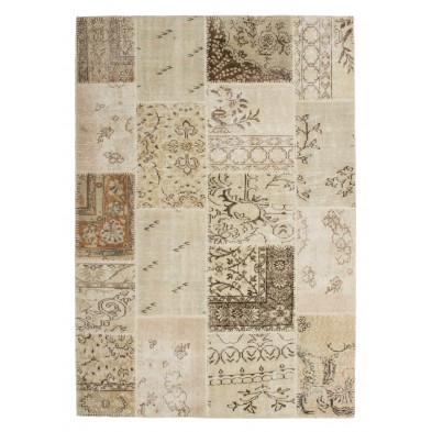 Tapis en laine beige moderne tissé à la main avec des motifs floral  L. 230 x P. 160 x H. 0,8 cm Collection Nidderau