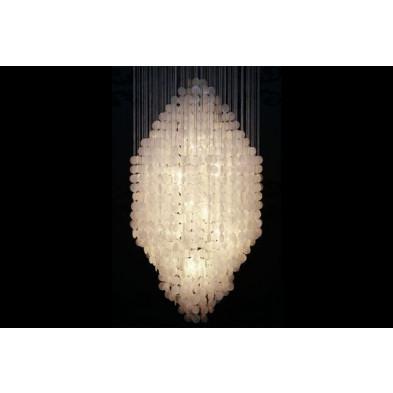 Lustre design et majestueux coloris blanc nacré  L. 87 x H. 165 cm collection Herzberg